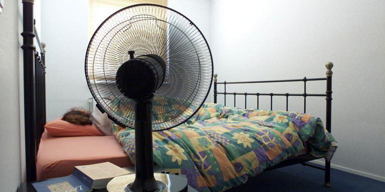 Een ventilator kan helpen om te slapen in de hitte. Ook een warme douche doet wonderen. foto archief ndc