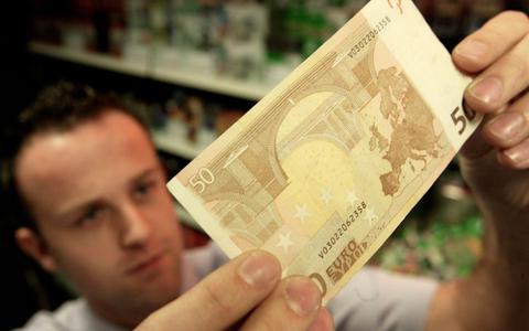 Scholier uit Sneek betaalde met vals geld dat hij kocht op AliExpress