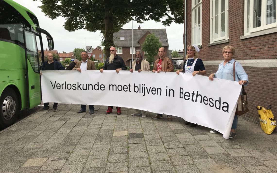 Drenten en groningers onderweg naar den haag voor debat for Uit agenda den haag