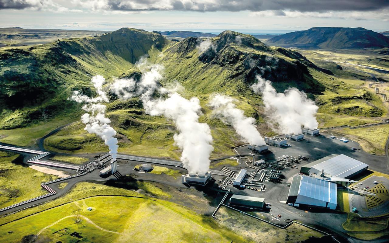 De energiecentrale van Hellisheidi, nabij de hoofdstad vann IJsland.