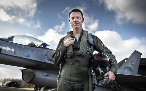 Nederlandse F16-vlieger blikt in documentaire terug op IS-strijd: Mijn grootste angst was pech