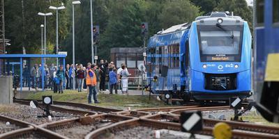 Er rijdt al een trein op waterstof in Duitsland, en straks misschien ook wel in Nederland. Foto: EPA/David Hecker