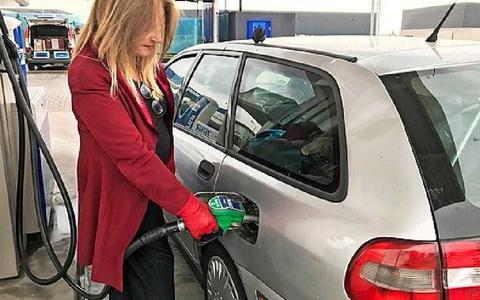 'Prijzenoorlog' aan de pomp: benzine is het goedkoopst in Oude Pekela