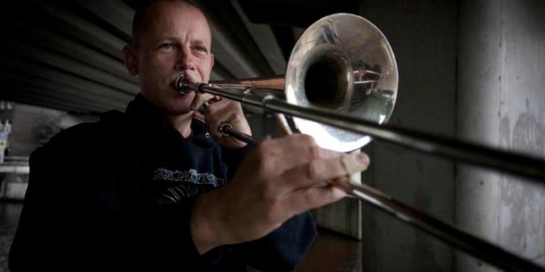 Muzikant Obed Brinkman staat een tolerantere samenleving voor