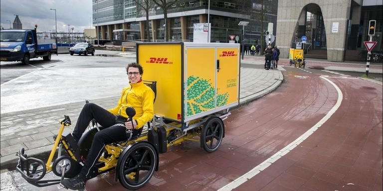 Archieffoto van DHL van een Cubicycle met container. Ze rijden nu ook in Groningen.