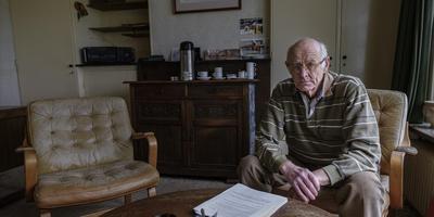 Sijbrand Nijhoff: ,,Waar is de overheid die ons burgers moet beschermen?'' Foto Jan Zeeman
