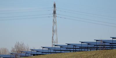 Het betrekken van de burgers bij duurzame energie-opwekking is van groot belang bij het succes ervan, zegt Klaas Dolsma van Bronnen van Ons. Foto: Archief DvhN