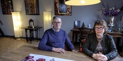 Kees Wiegers en Pien Kranenburg: ,,Geef ons geld en dan regelen we het zelf.''