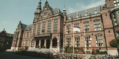 Het Academiegebouw van de RUG aan het Broerplein in Groningen. FOTO ARCHIEF DVHN