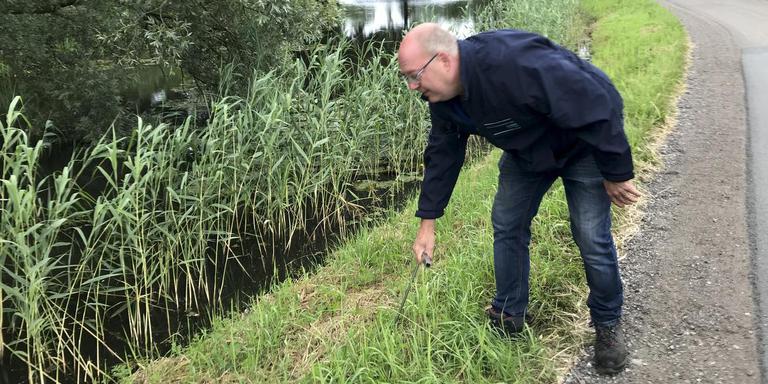 Inspectie van de Hoornsedijk tussen Haren en Groningen vorige week. Foto: Archief DvhN/Mannus van der Laan