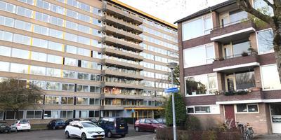 Het flatgebouw in Selwerd waar Azim A. zich schuilhield. Foto: DvhN