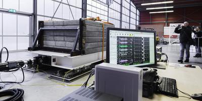 De triltafel van Building/TNO in Groningen, waarmee onderzoek wordt gedaan ten behoeve van het aardbevingsgebied. Foto archief Duncan Wijting