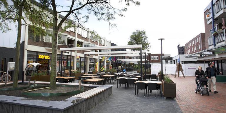 Het Menistenplein in Stadskanaal werd op initiatief van ondernemers opgeknapt