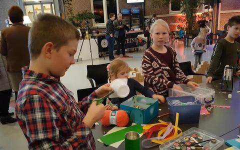Robots bouwen in Veendam: 'Bieb is meer dan boeken' (+video)