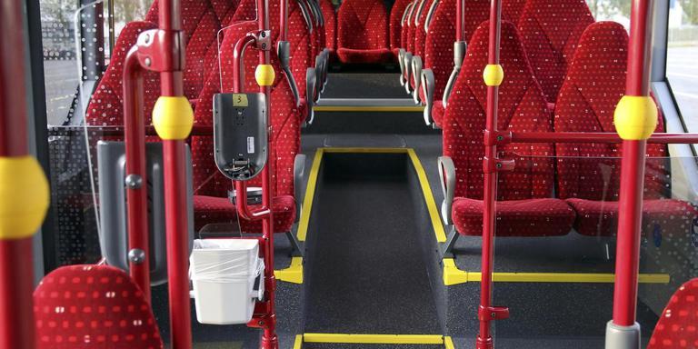 Meer rood en meer geel vergroot het comfort voor slechtzienden in de bus.