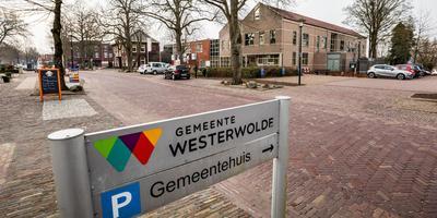 In het gemeentehuis van Westerwolde is woensdagavond de beleidsnotitie zonneparken en kleine windmolens aangenomen.