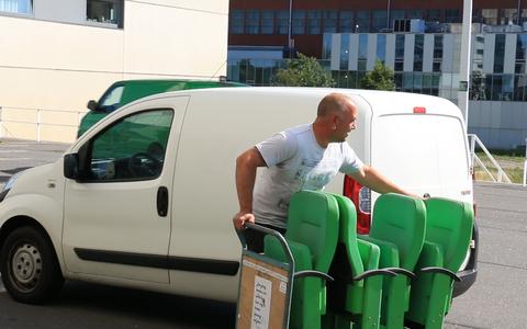 FC Groningen verkoopt hét object voor de mancave: stadionstoeltjes