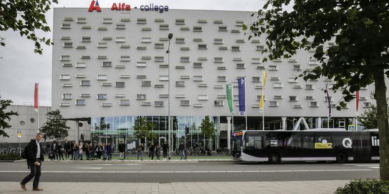 Het Alfa-college aan de Boumaboulevard in Groningen. Foto Arhief Jan Willem van Vliet