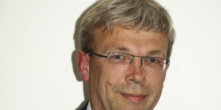 Burgemeester Koos Wiersma van De Marne.