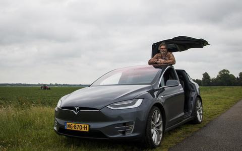 De avonturen van Herman Sandman in een dansende Tesla