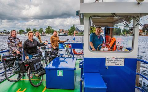 Thuis in het Noorden: De pontjesroute bij Grou is fietsen met rustponten