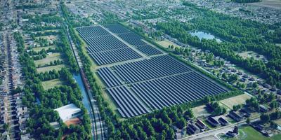 Impressie van zonnepark Molenwaard. Links het spoor Groningen/Bad-Nieuweschans, rechtsonderaan de molen van Mulder Pot. foto archief dvhn