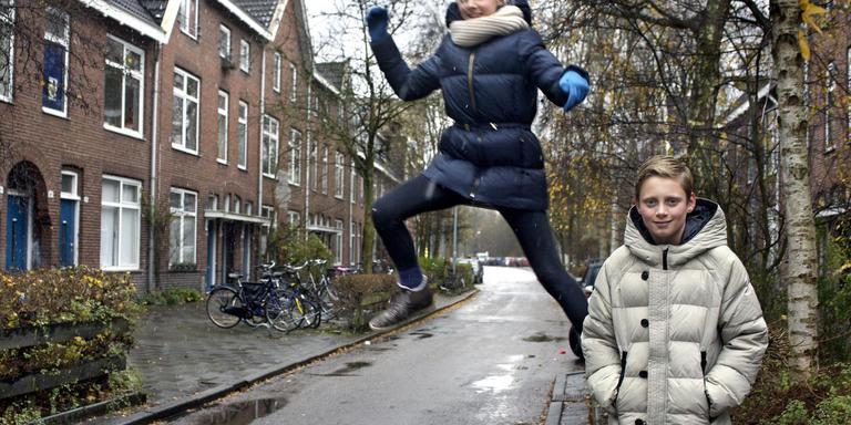Jonge bewoners van de Wichersstraat. Foto: Archief DvhN/Peter Wassing