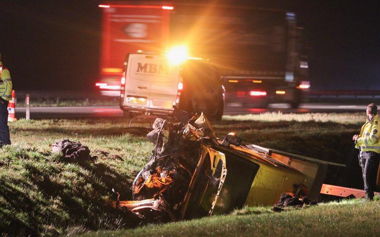 File op A7 tussen Marum en Hoogkerk door ongeluk met bedrijfsbusje.