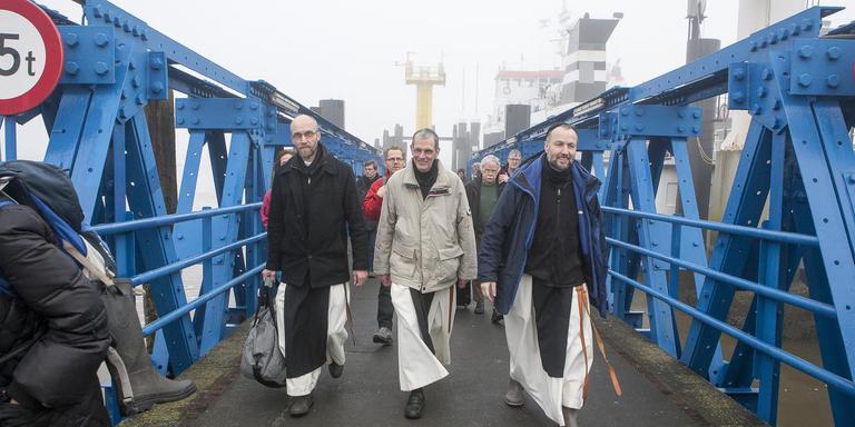 Broeder Vincentius, broeder Jelke en broeder Alberic kwamen begin 2015 naar Schiermonnikoog om zich voor te bereiden op de verhuizing. Inmiddels wonen zij en hun broeder Paulus er al zo'n tweeënhalf jaar.