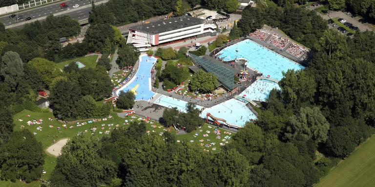 Zwembad de Papiermolen wordt gerenoveerd.
