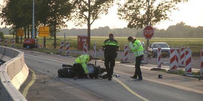 Het ongeluk gebeurde ter hoogte van werkzaamheden. Foto: De Vries Media