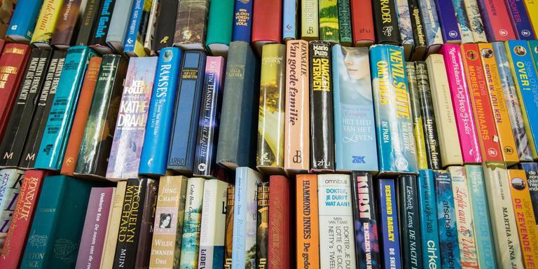 De gemeente Westerwolde hoopt dat laaggeletterde autochtonen door een bezoek aan een Taalhuis meer van boeken kunnen genieten