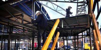De opbouw van Eurosonic Air op de Grote Markt. Foto: Peter Wassing