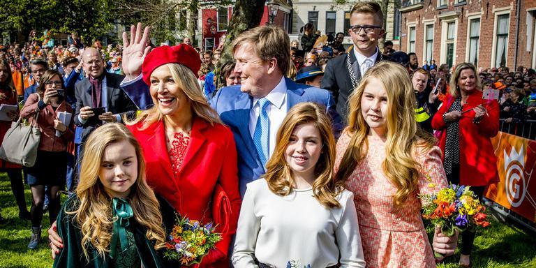 Fotoserie Koning Viert Verjaardag In Groningen Video Groningen