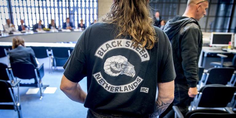 Motorclub Black Sheep bezocht in juni 2016 de Tweede Kamer toen daar over georganiseerde criminaliteit binnen motorclubs werd gesproken. Foto: Archief ANP