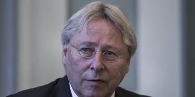 Burgemeester Peter den Oudsten. FOTO DVHN