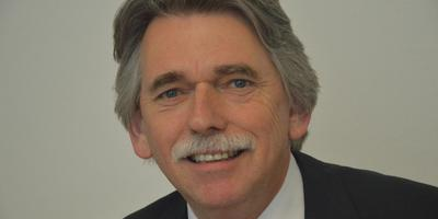 Burgemeester Gerard Beukema van Delfzijl.