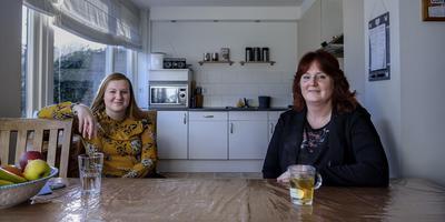 Ellen Flikkema en dochter Ilse. Foto: Jan Zeeman.
