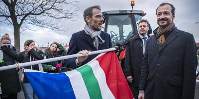 Minister Wiebes bezocht maandag Groningen. Foto: Kees van de Veen