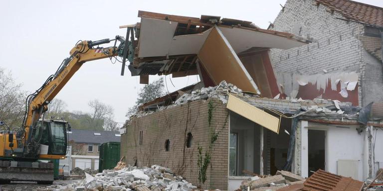 Stil uit Geschenkuit de bodem: sloop in Jarinowijk.