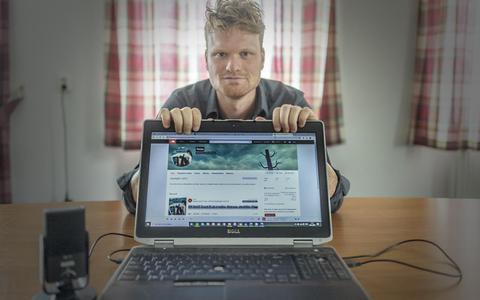 Dominee Kars van de Kamp uit Grijpskerk (aka 'domie PK') maakt een wekelijkse preekpodcast speciaal voor het Noorden