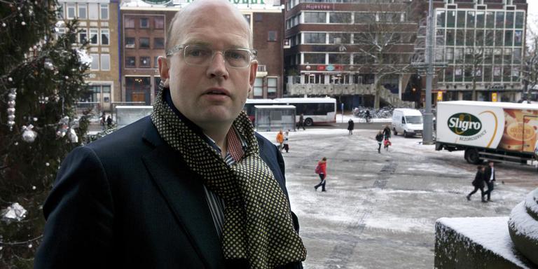 Frank de Vries waarnemend burgemeester Ten Boer. Foto archief DvhN
