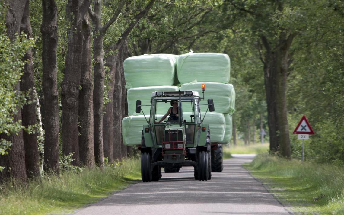 Boven Pekela komt samen vanwege gevaarlijk verkeer - Dagblad van het Noorden