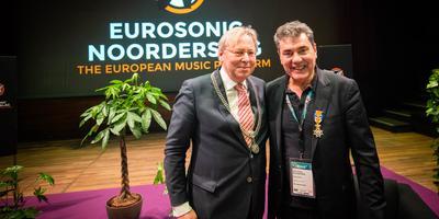 Burgemeester Peter den Oudsten (l) en Peter Smidt. Foto: Niels Knelis Meijer