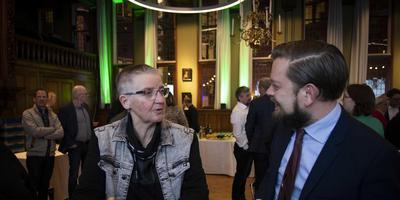 Eelco Eikenaar (SP) en Ankie Voerman (PvdD) tijdens de centrale uitslagenavond van de Provinciale Statenverkiezingen en Waterschapsverkiezingen in Provinciehuis Groningen. Foto: ANP/Anjo de Haan