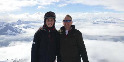 Jaap ten Brinke (rechts) met zijn zoon Dylan in de bergen.