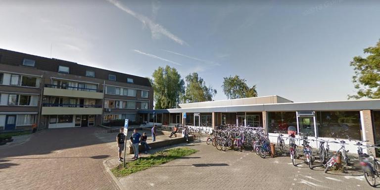 Het asielzoekerscentrum in Musselkanaal. Foto: Google Streetview