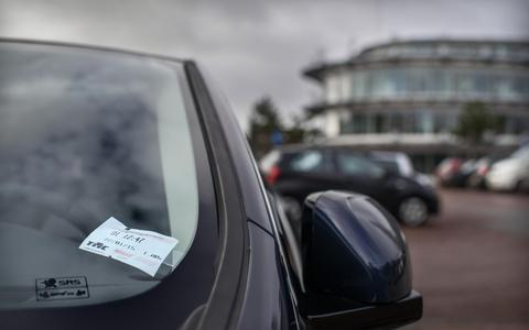 Gratis parkeren in centrum Haren is 'trekken aan een dood paard'