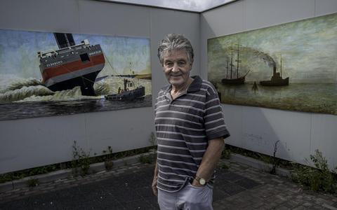 Schilderijen vrolijken Nieuweweg in Delfzijl op