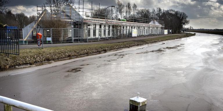 Versterken van woningen in Woudbloem aan de Scharmer Ae (Midden-Groningen). foto archief dvhn
